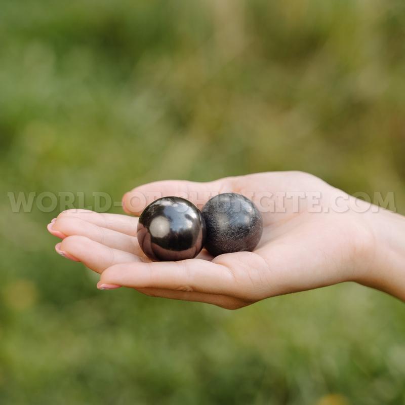 Sphere harmonizers (shungite and steatite)