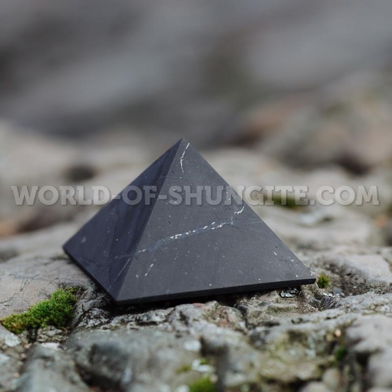 Shungite unpolished pyramid 8 cm