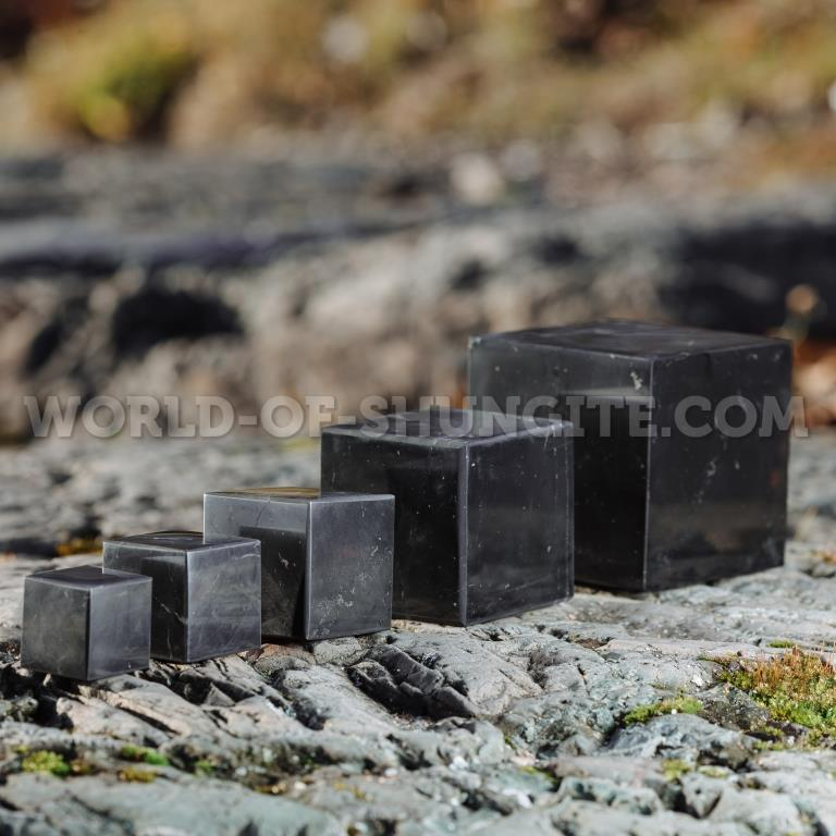 Shungite polished cube 4 cm