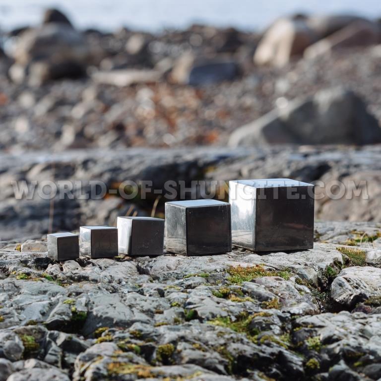 Shungite polished cube 7 cm