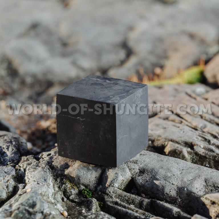 Shungite unpolished cube 3 cm