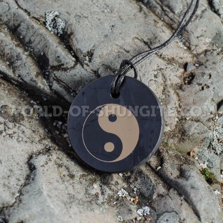 """Shungite pendant """"Yin and Yang"""" (circle)"""