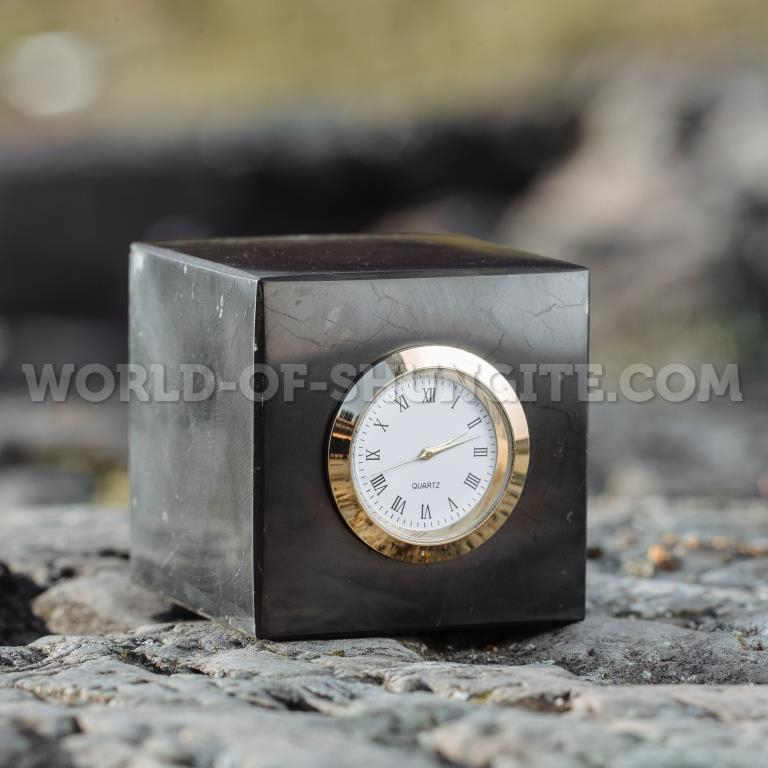 Shungite cubes with clock