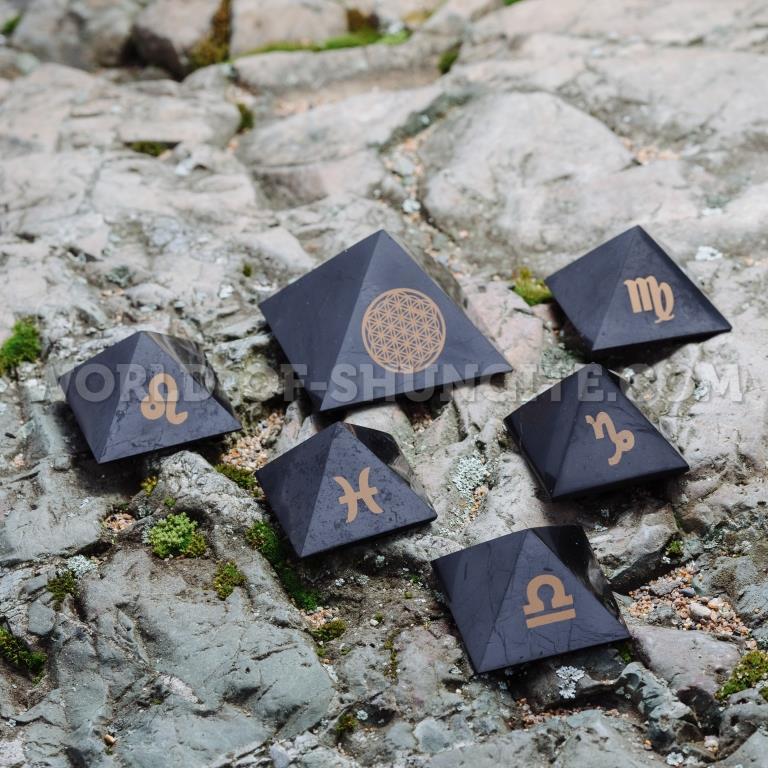 """Shungite pyramid """"Aquarius"""""""