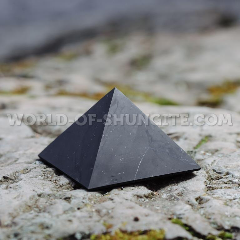 Shungite unpolished pyramid 10 cm