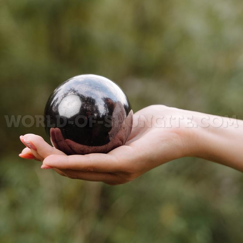 Shungite sphere 8cm