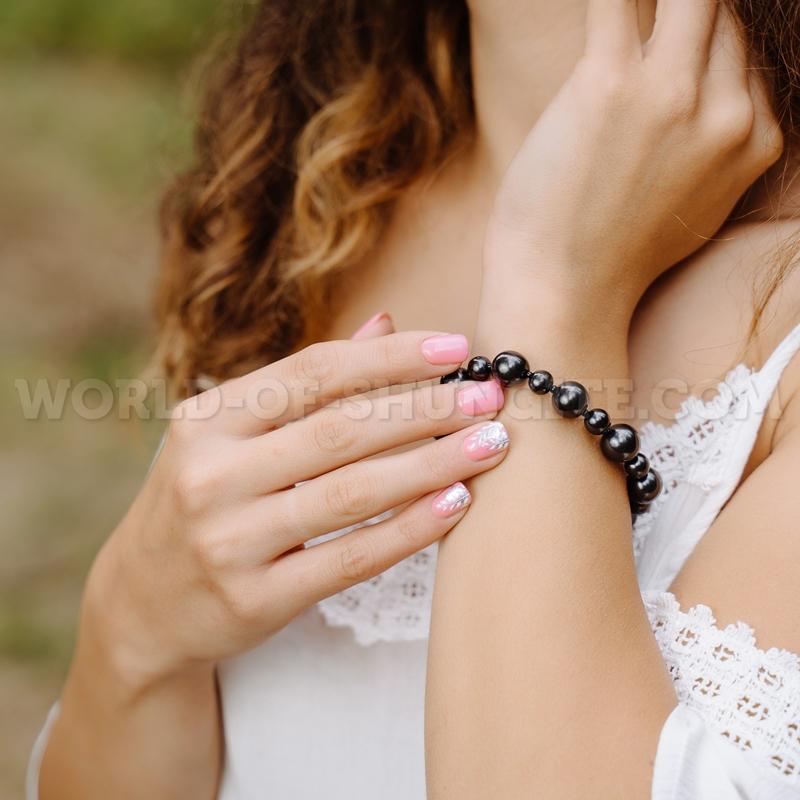 "Shungite bracelet ""Zara"""