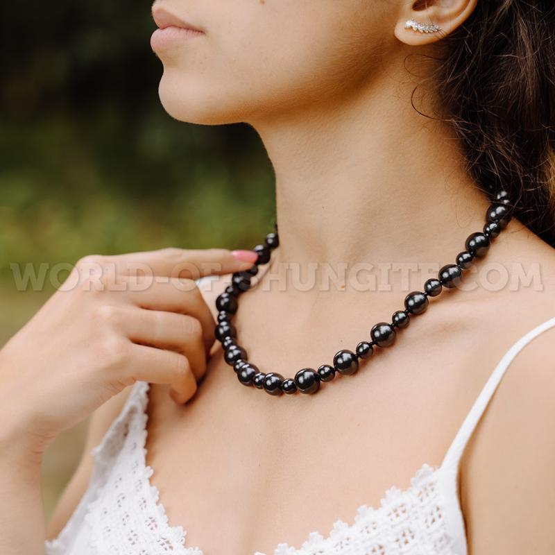 Shungite necklace ''Bella''