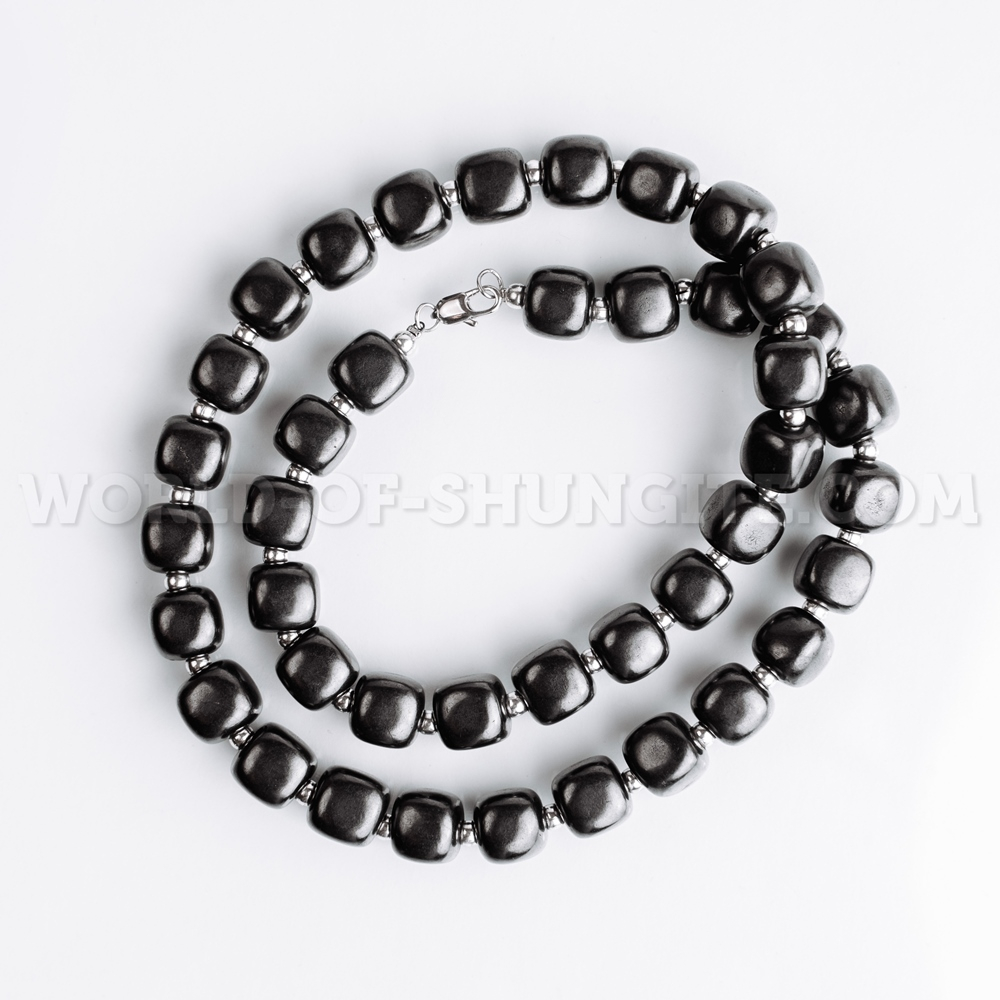 """Necklace """"Pellet cubes"""" with silvery glass beads"""
