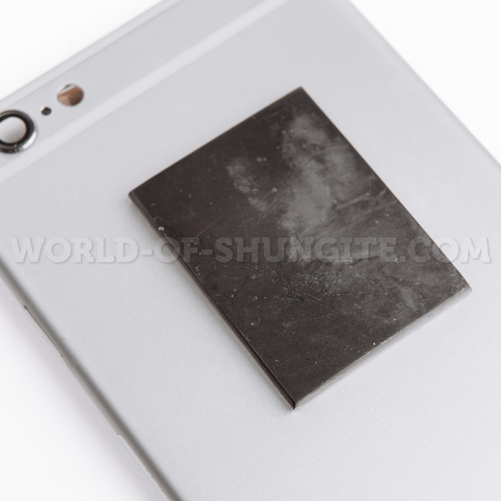 Shungite polished plate for cell phone (rectangular) 40x30mm