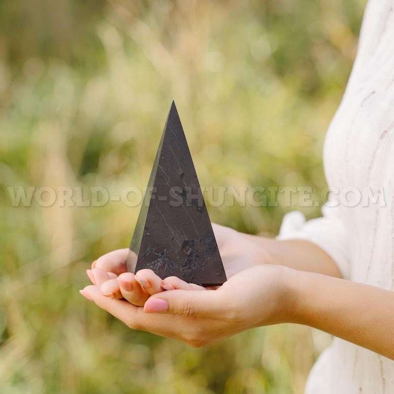 Shungite unpolished high pyramid 8 cm