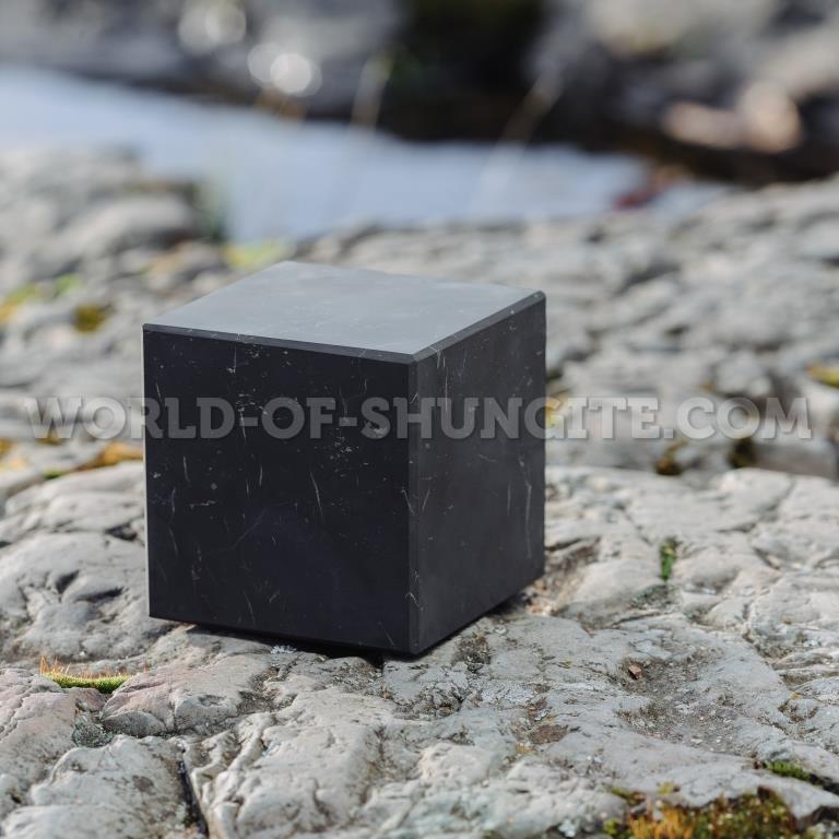 Shungite unpolished cube 8 cm