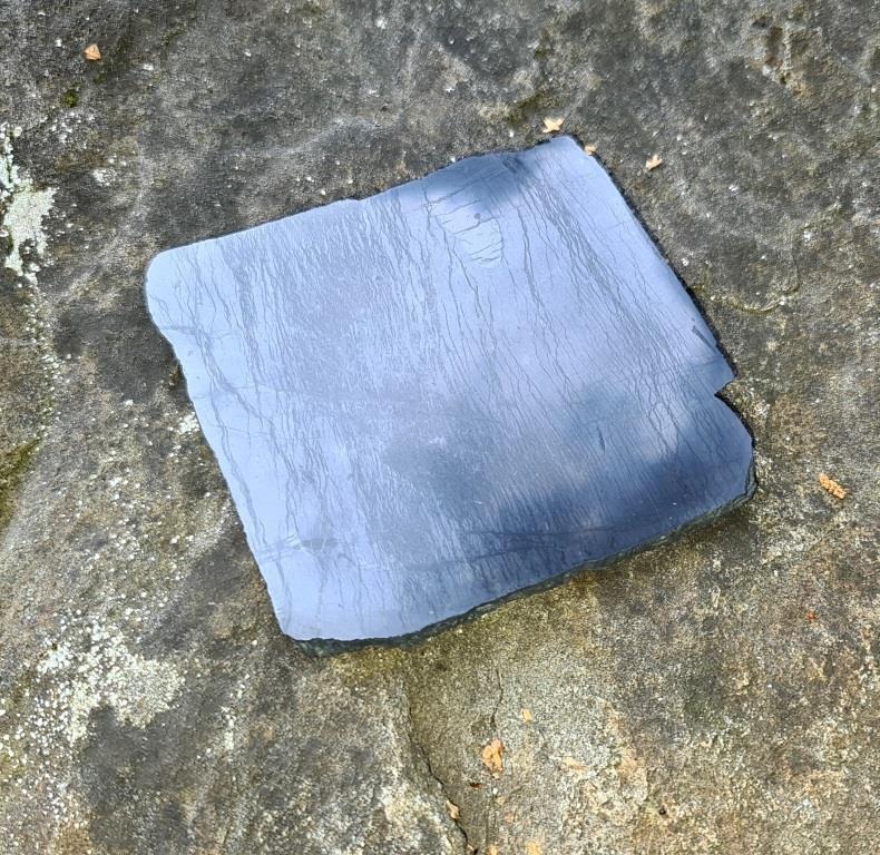 Shungite formless polished tile